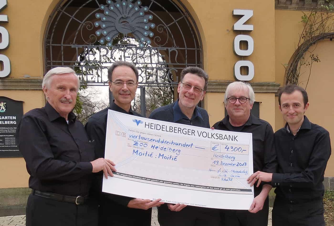 Spende der Band Moitie-Moitie mit einem Benefizkonzert (Foto: Zoo Heidelberg)